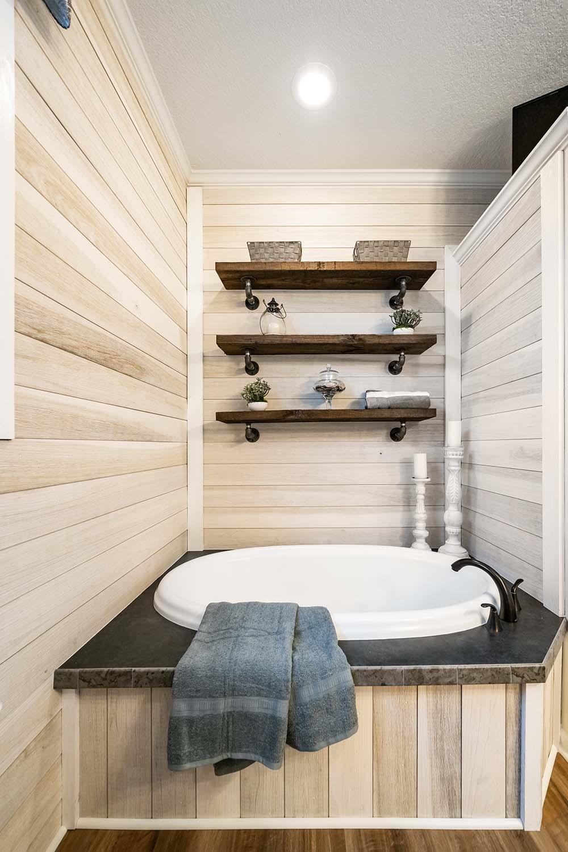 Ellistown Master Bath Tub